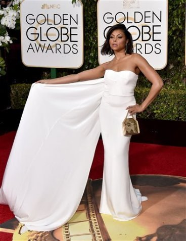 ap-winter-whites-pops-of-yellow-on-the-golden-globes-carpet